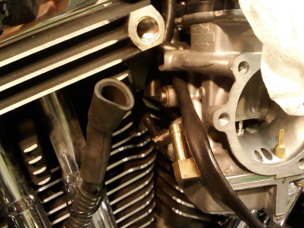 EVO: Carburetor, Intake Manifold & Exhaust - Sportsterpedia