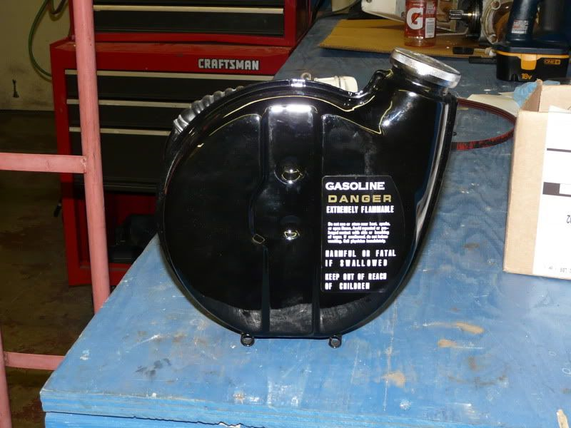 Small auxiliary fuel tank